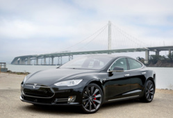 2013 agreement allows for opening future dealerships says Tesla