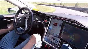 Despite Medical Emergency, Missouri Man Helped by Tesla Autopilot to Reach Hospital