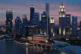 Pros say Rich Multinationals Find Singapore Luxury Property 'Cheap'