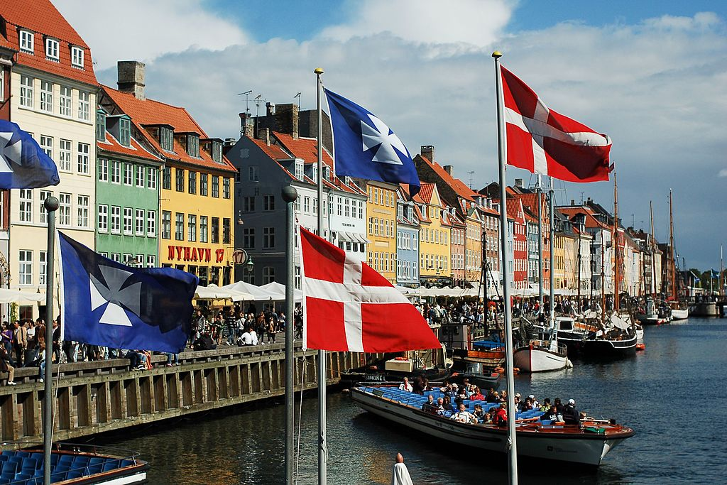 Denmark, a cashless paradise for bankers