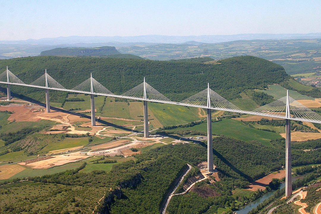 Recovery Plans and Major Infrastructure Projects: Drawing Inspiration from France?
