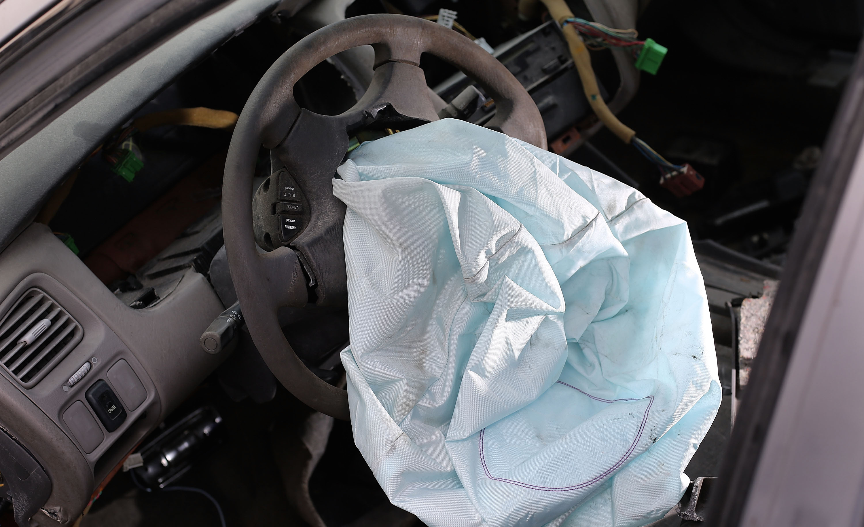 Honda Motors to compensate its U.S. dealers over Takata airbags